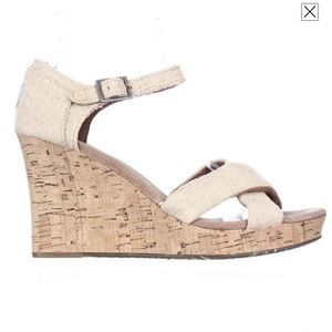 Toms • cork wedge sandals